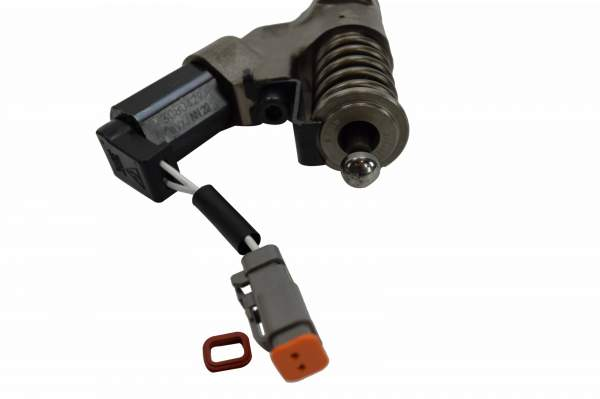 3084398R | Cummins L10 Celect Fuel Injector, New (Connector 1)