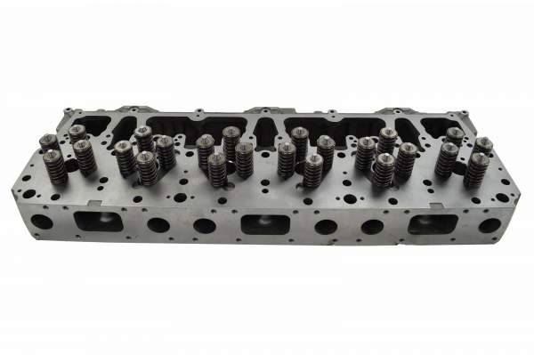 1337052 | Caterpillar C10/C12 Cylinder Head with Valves, New (Valves)